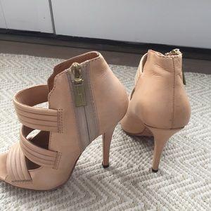Lamb gorgeous bootie shoe